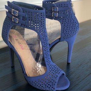 NWT Cobalt Blue  open toe 6 inch sexy heels $60
